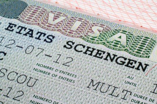 Schengen Vizesi Nedir ve Nasıl Alınır?