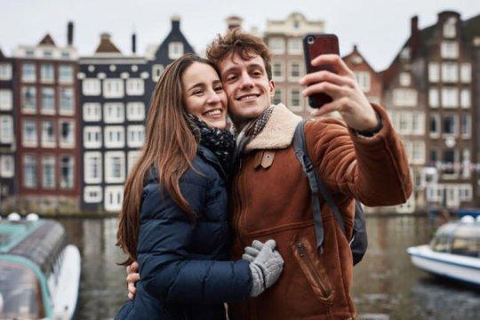 Hollanda ve Danimarka'dan Sevgililere Seyahat İzni